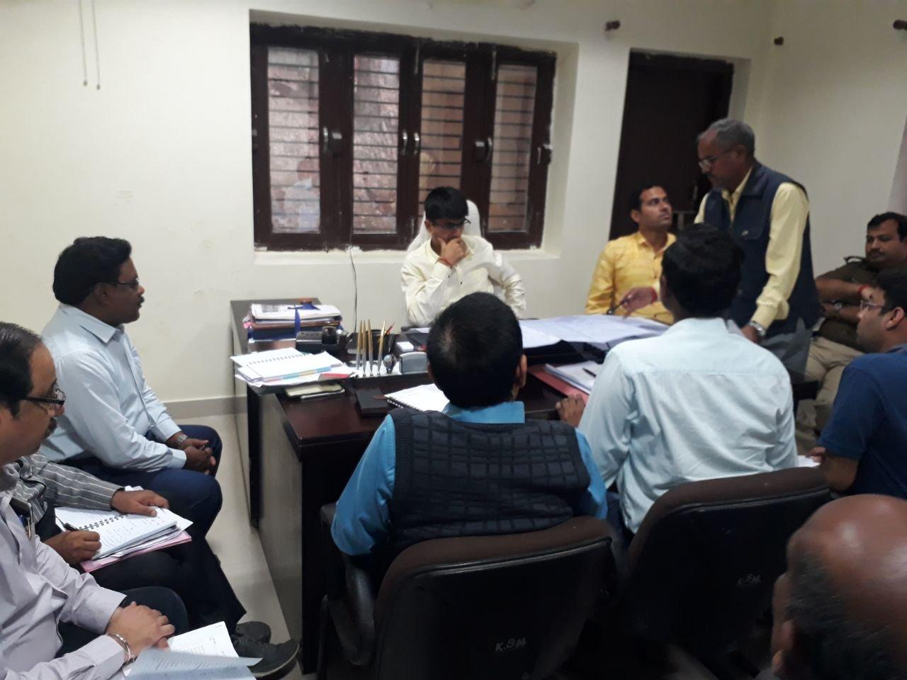 इलाहाबाद: डीएम ने की माघ मेले की तैयारी की समीक्षा